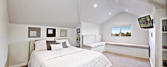 bed1 - 5 rolestone avenue kingsgrove nsw 2208.jpg